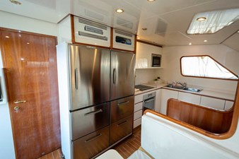 Ariston-Five-yacht-kitchen