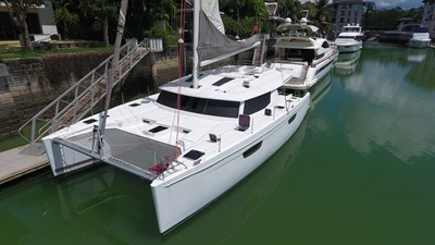 image-277BLOW FISH Fountaine Pajot Saba 50 2015 Bow front view6251(1)