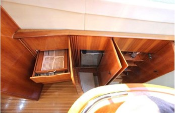 2009 Azimut 62 Flybridge 8 8