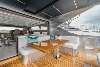 Aft Deck ( table unfolded )