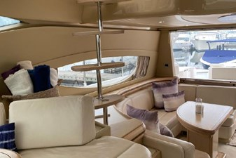 2006 Ferretti Yachts 550 7 7