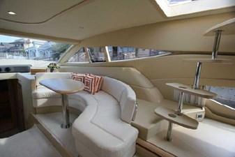 2006 Ferretti Yachts 550 15 15