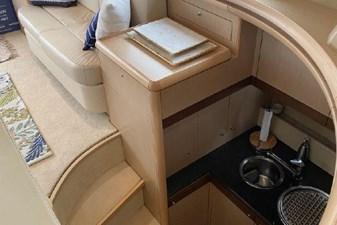 2006 Ferretti Yachts 550 24 24