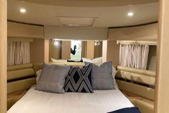 2006 Ferretti Yachts 550 27 27