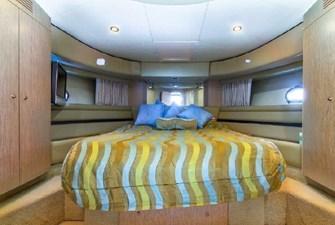 2006 Ferretti Yachts 550 33 33