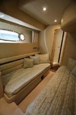 2006 Ferretti Yachts 550 41 41