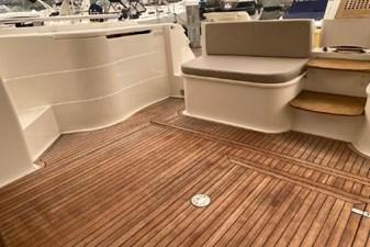 2006 Ferretti Yachts 550 57 57