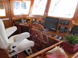 Pilothouse Helm to Port