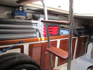 Lazarette Aft Bench and Storage
