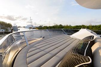 75 Sunseeker 2017-flybridge-16