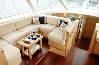 Interior - Pilothouse Lounge