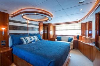32_2005 82ft Sunseeker Yacht MY MEDICINE