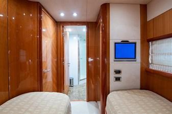 51_2005 82ft Sunseeker Yacht MY MEDICINE
