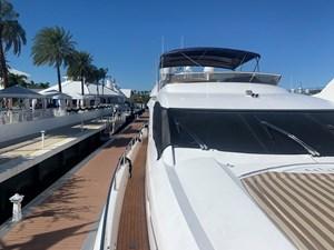 56_2005 82ft Sunseeker Yacht MY MEDICINE