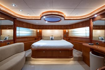 My Medicine 35 36_2005 82ft SUnseeker Yacht MY MEDICINE