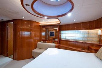 My Medicine 37 38_2005 82ft SUnseeker Yacht MY MEDICINE
