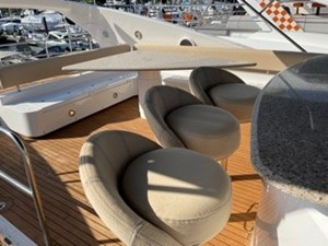 My Medicine 56 57_2005 82ft SUnseeker Yacht MY MEDICINE