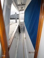 Lioness 13 12_2777975_49_defever_port_side_deck2