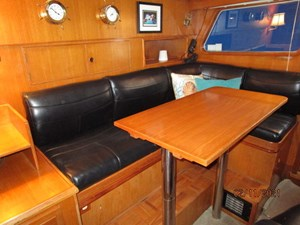 41_2777975_49_defever_pilothouse_seating