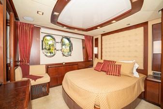 VIVERE 14 Queen Guest Stateroom (Port side)