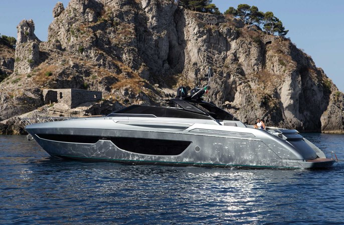 Riva76'BahamasCruising_0001_17443