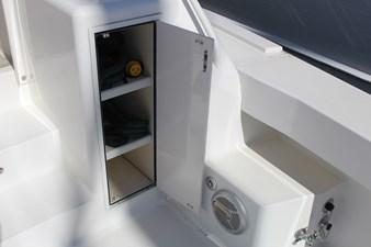 Cockpit stowage