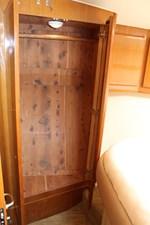QUALITY TIME 74 Master cedar-lined hanging locker