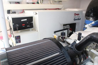 QUALITY TIME 88 Genset in soundshield