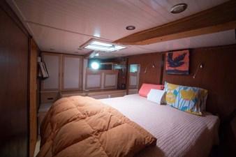 Elizabeth Ruth 11 Master cabin