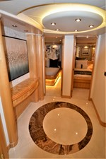 MISS STEPHANIE  18 Master Foyer Looking Aft