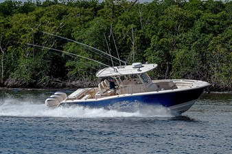 Blue Devis 30 33_grady_white_blue_devil_sportfishing_running21