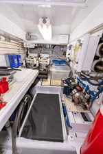 WATASHEE 35 Pump Room Starboard