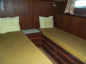 SEA HAWK 10 Portside Cabin
