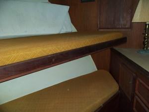 SEA HAWK 12 Forward Cabin Portside
