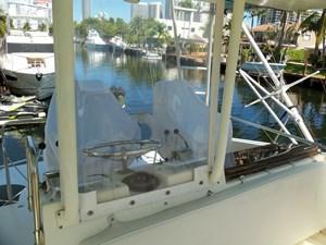 SEA HAWK 31 FB Enclosure
