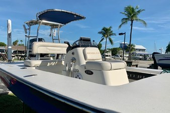 2009 17 Sterling Yachts TR 7 6