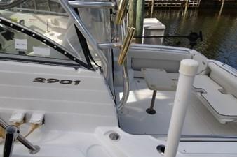 2004 Seaswirl Striper 2901 WA OB 8