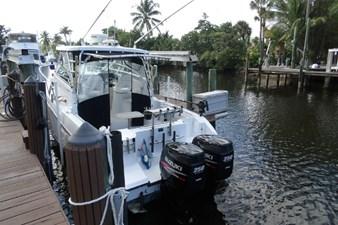 2004 Seaswirl Striper 2901 WA OB 14