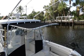 2004 Seaswirl Striper 2901 WA OB 17