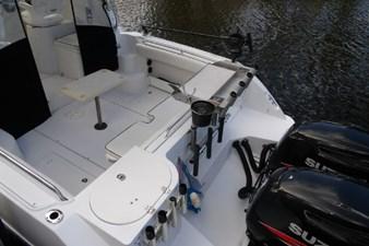 2004 Seaswirl Striper 2901 WA OB 18