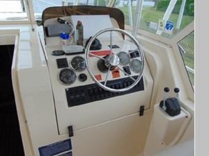 2006 Mainship Pilot 34 Rum Runner Classic 49