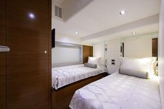 70_ocean_alexander_zephyr_starboard_guest_stateroom_2