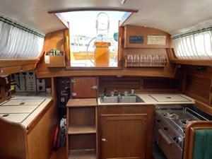 TEASER 3 TEASER 1985 HINCKLEY Bermuda 40 MKIII Sloop Yacht MLS #270069 3