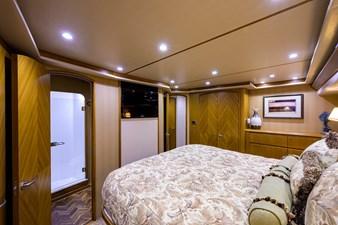 70 Viking 57 Master Stateroom