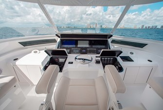 NEW Viking 82 Cockpit Motor Yacht 38