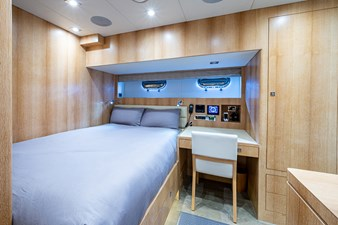 ANDREA VI 57 Captain's Cabin