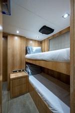 ANDREA VI 59 Crew Cabin