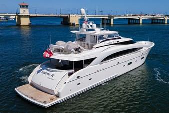 ANDREA VI 67 Starboard Stern Profile