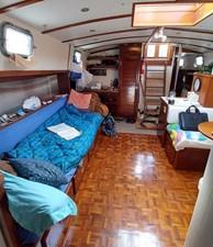 42 Salon starboard side