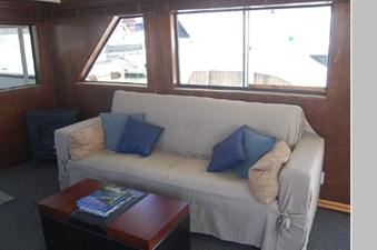 1970 Hatteras Motor Yacht 7 8
